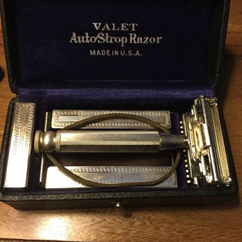 Early 1900 Gillette  Valet AutoStrop Razor made in USA