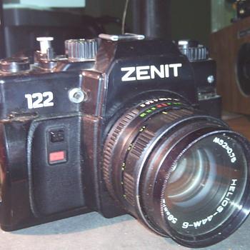 ZENIT 122 SLR CAMERA - Cameras