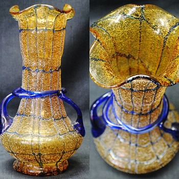 Kralik RARE Golden Yellow Frit & More, Decors Early 20th Century - Art Glass