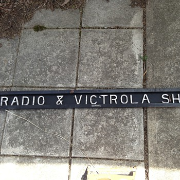 &quot;Radio and Victrola shop&quot; - Signs