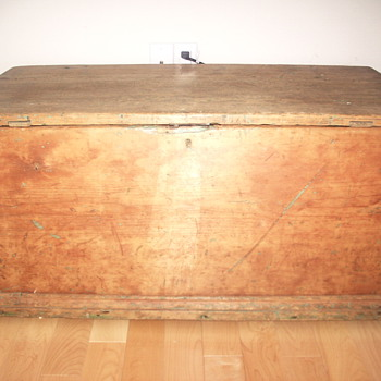 "Quebec Trunk"" St Nicolas ""Early XIX Century"