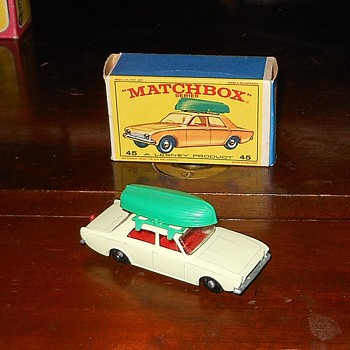 Matchbox 45-B Ford Corsair in E Box