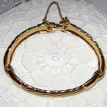 Vintage Monet Bracelet - Costume Jewelry
