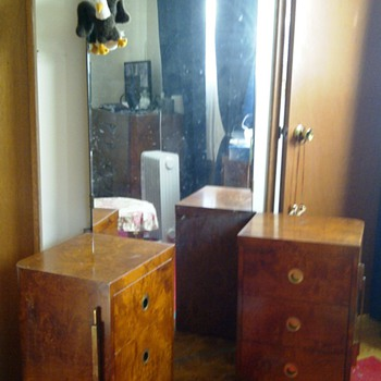 1938 Grandmother's seamstress dresser? - Furniture