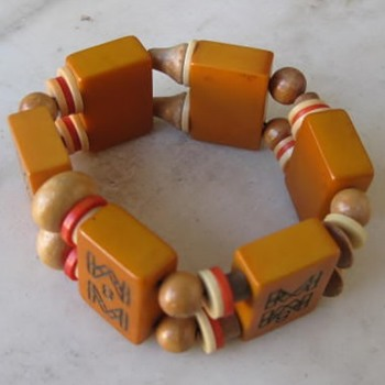 1940's Bakelite & wood mahjong bracelet means a lot to me - Costume Jewelry