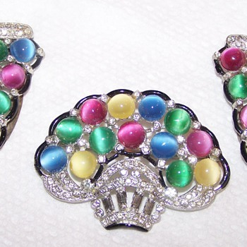 Pastel Cabochon Set - 2 Dress Clips and a Brooch