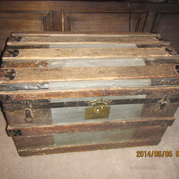 Barrel Stave Trunk