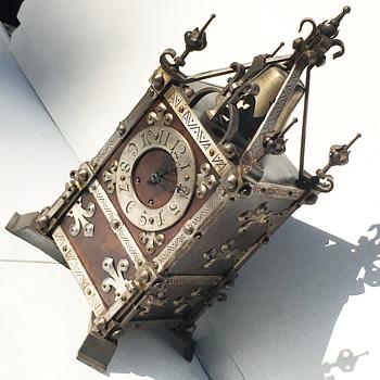 Vintage Medaille D'Argent Chime Clock