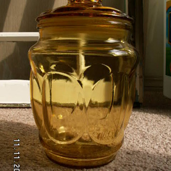 Vintage Anchor Hocking Amber Glass ~Peanut Jar