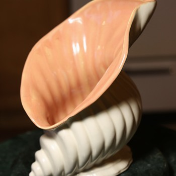 Catalina Seashell - Art Pottery