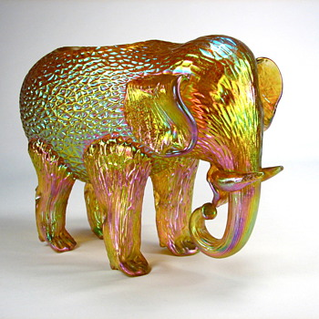 Loetz animal figures, circa 1900-1910 - Art Glass
