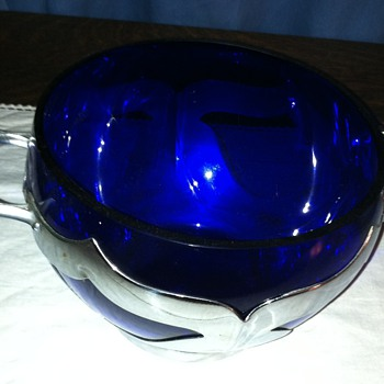 Farber Brother's Cobalt Ice Container
