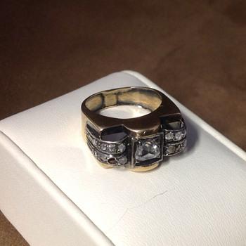 Antique Rose Cut Diamond & Gold Ring