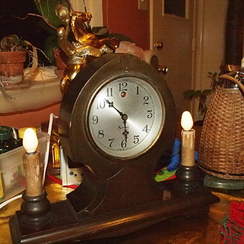 1927-29 Kenmore (Kodel) Gothic Mantel Clock With Side Lamps - Clocks