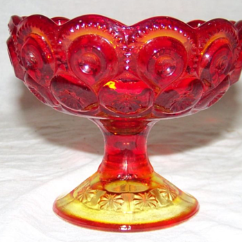 Vintage Glass L E SMITH MOONS & STARS Amberina Red Footed Pedestal Candy Dish - Kitchen