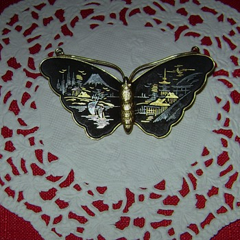 Butterfly Brooch - Costume Jewelry