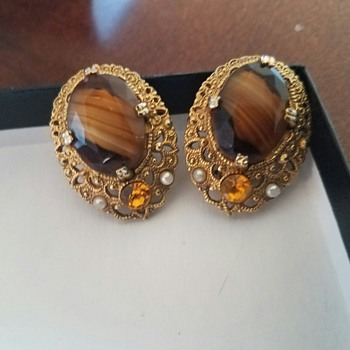 Vintage, dressy Unsigned Gold Tone Brown Marbled? Earrings with seed pearls
