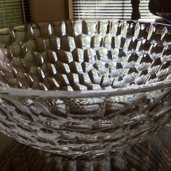Interesting Crystal Bowl - Tiffany or Not?