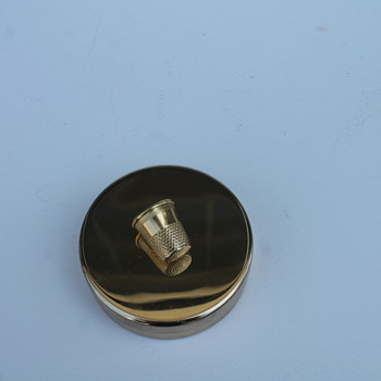 NAPIER GOLD THIMBLE TOPPED BOX - Sewing