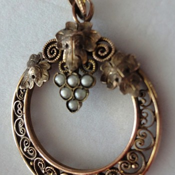 Art Nouveau Rose Gold/or Vermeil Bunch of Grapes Filigree Pearl Pendant.