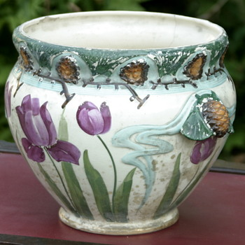 who made this beautiful Art Nouveau jardiniere? - Art Pottery