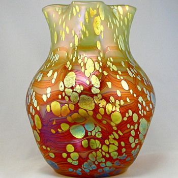 "Loetz Cytisus in Neurot Spreading, 7"" tall, circa 1900 - Art Glass"