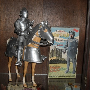 Sir Stuart the Silver Knight and His Horse Valor - Toys