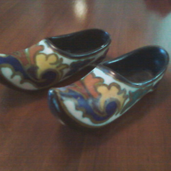 Dutch shoes - Art Pottery