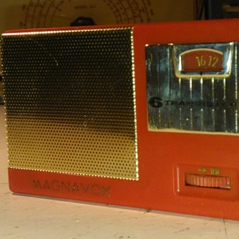 Magnavox AM22 (number 2) Transistor Radio