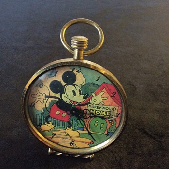Little Mickey Mouse alarm clock