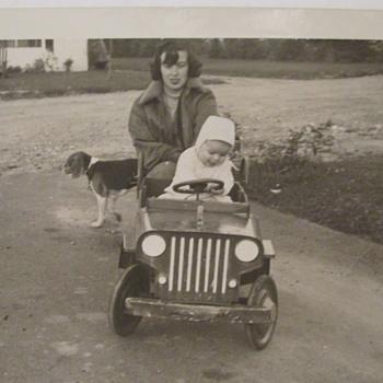 Family Pedal Car c.1952