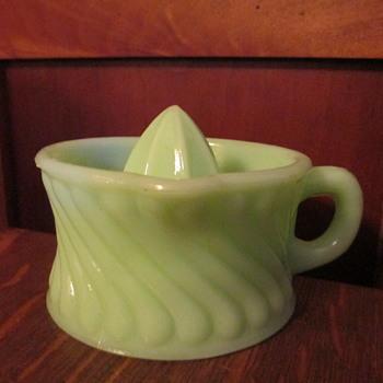 Jadeite Lime Reamer / Juicer - Glassware