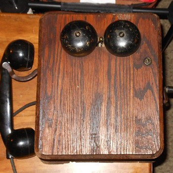 Wood Wall Kellogg Phone circa 1928 - Telephones