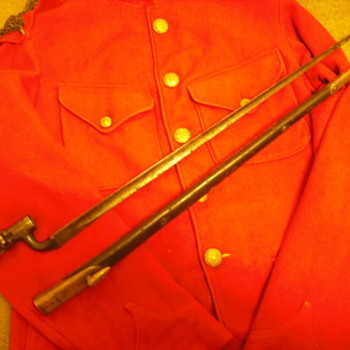 Pattern 1876 Bayonet and brass Martini-Henry muzzle cover  - Military and Wartime