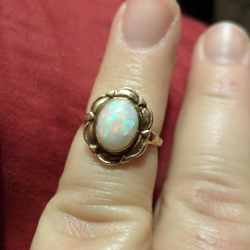 10K Victorian Opal Ring