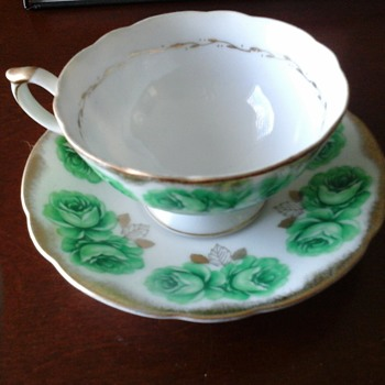 Tea cup - China and Dinnerware