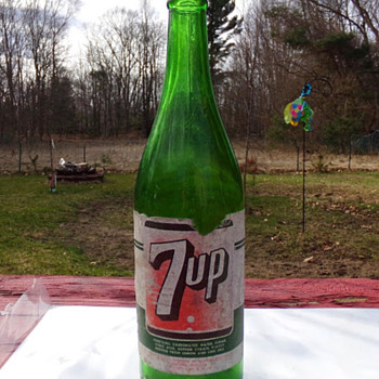 Semi-Local Paper Label 7-Up - Bottles