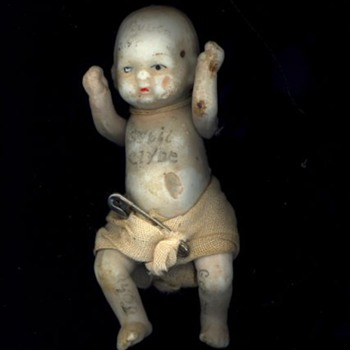 3 1/2 in baby bisque pin arms legs w diaper - Dolls
