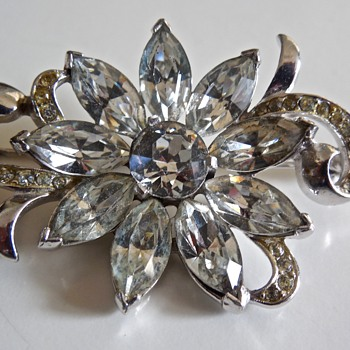 Kramer Clear Rhinestone Brooch - Costume Jewelry