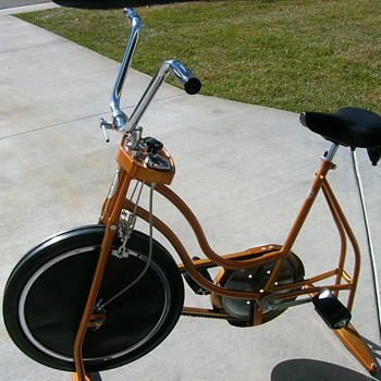 1970's Scwinn excercise bike - Outdoor Sports