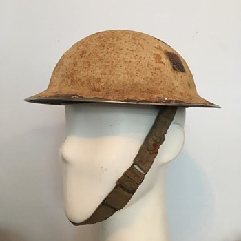 WWII No. 5 Company Canadian Provost Corps Helmet - Military and Wartime