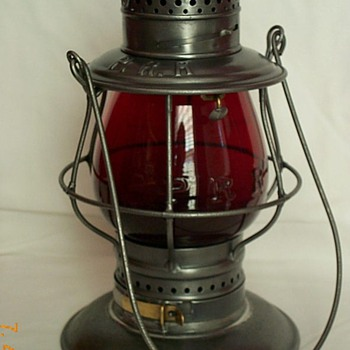 Pennsylvania Railroad Lantern - Railroadiana