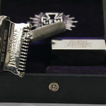 GEM Cutlery Damaskeene Open Comb Safety Razor
