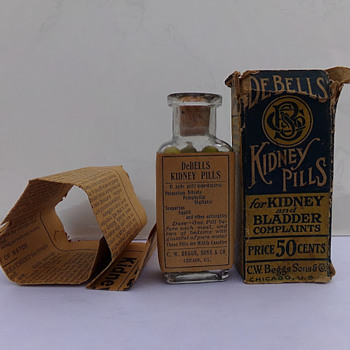 1910s Medicine: Boxed, Labeled, Full, With Flyer - Bottles