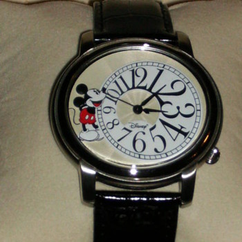 2006 Disney Shareholders Mickey - Wristwatches