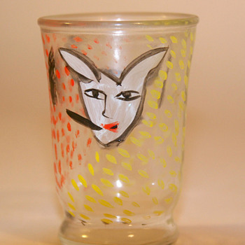 Ulrica Hydman-Vallien shot glass