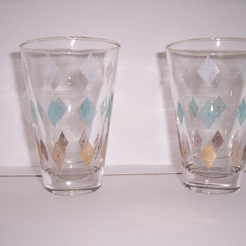 diamond pattern glassware