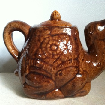 Pottery Camel Pitcher/Creamer - Art Pottery