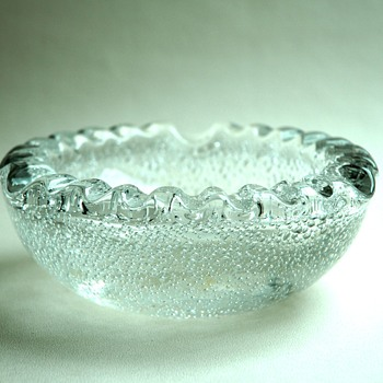 large art deco bubble glass bowl / ashtray by Daum Nancy