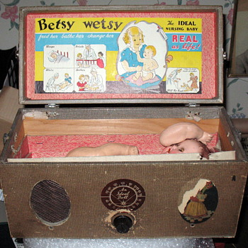 Betsy Wetsy Radio Carrying Case - Dolls